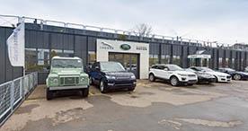 Portrait Aussen Land Rover